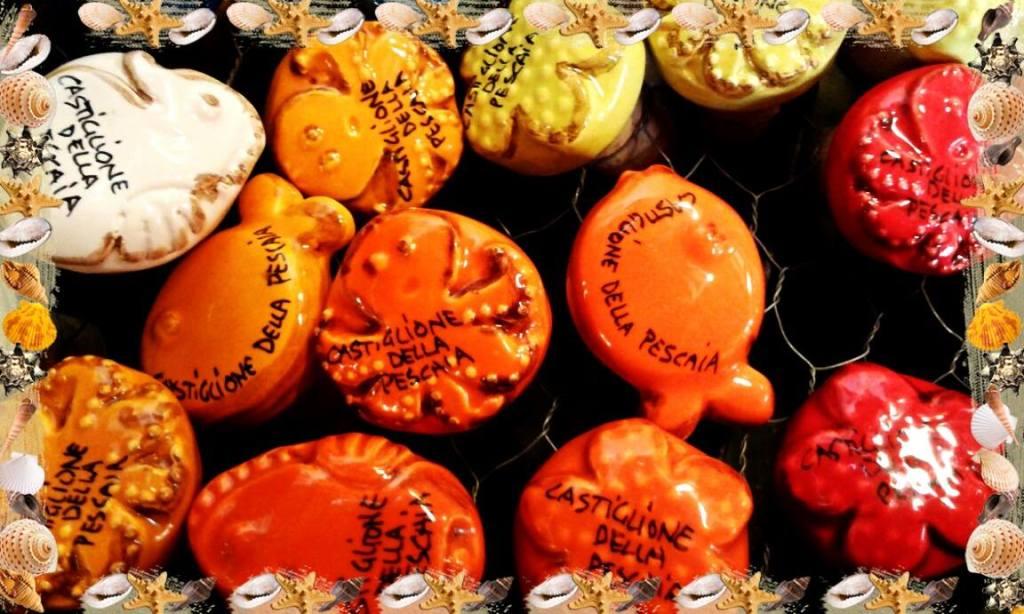 tappi di ceramica colorata e sughero