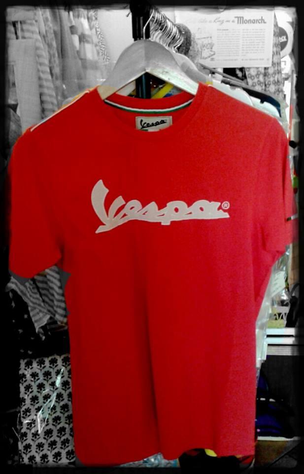 #T-shirt #Vespa #Piaggio, #Valentino Rossi #VR46, #Ferrari a #CastiglioneDellaPescaia