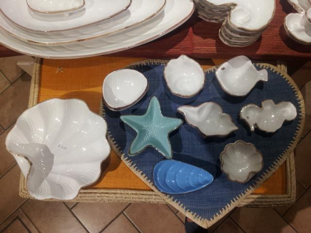 bomboniere di ceramica artigianale toscana a tema mare